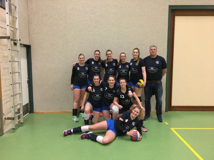 Donitas DS2 wint EERSTE uitwedstrijd met 3-1